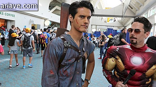 Ash Williams และ Tony Stark